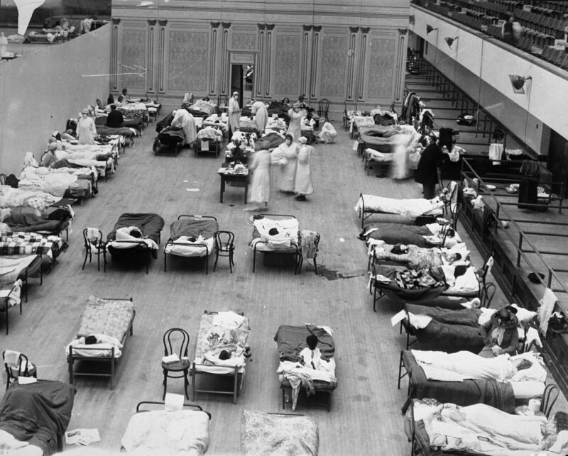 The Oakland Municipal Auditorium in use as a temporary hospital during the 1918 flu pandemic.