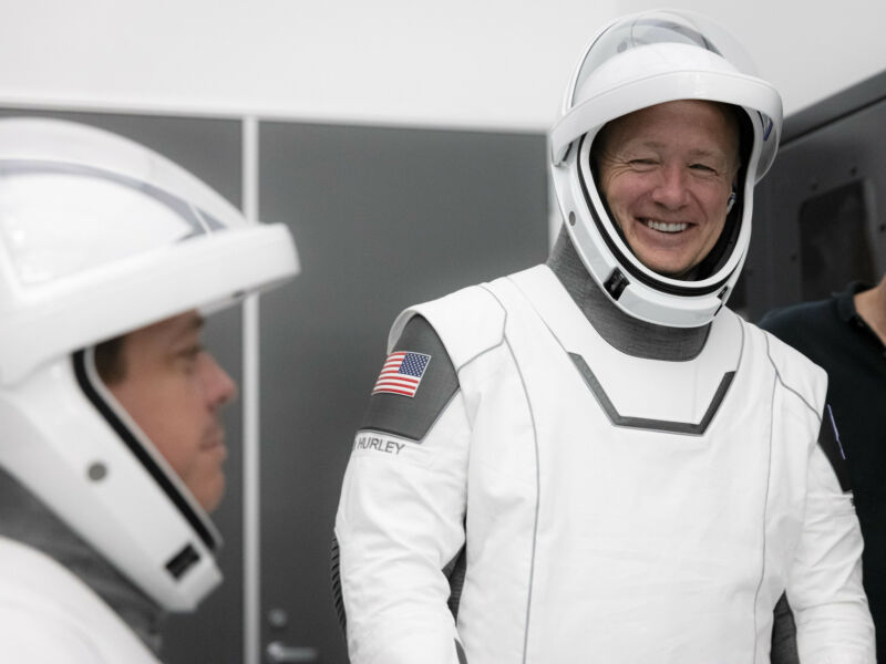 Doug Hurley, right, will command the Crew Dragon spacecraft.