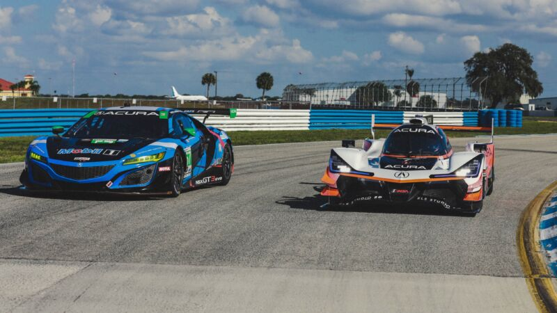 On the left, the Acura NSX GT3 Evo. On the right, the Acura ARX-05.