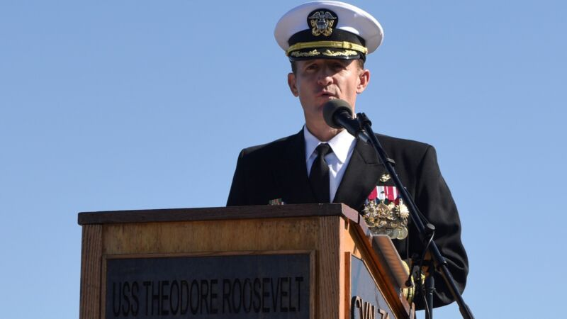 Captain Brett Crozier addresses the crew of the aircraft carrier USS <em>Theodore Roosevelt</em> on November 1, 2019.