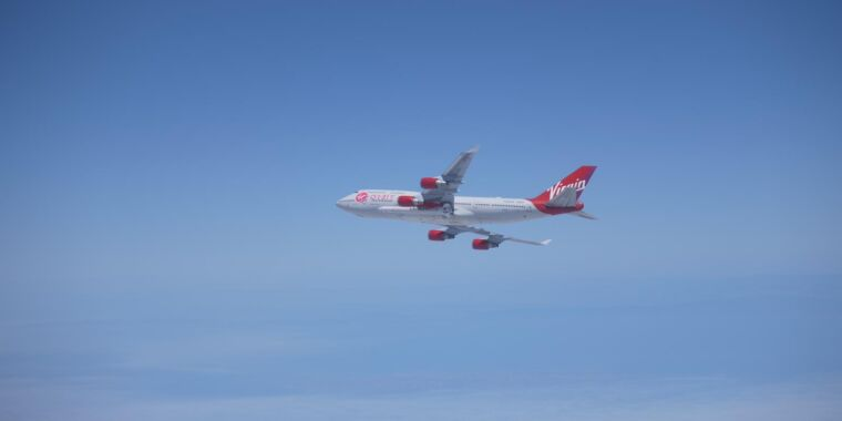 Virgin Orbit loses its first rocket shortly after engine ignition - Ars Technica