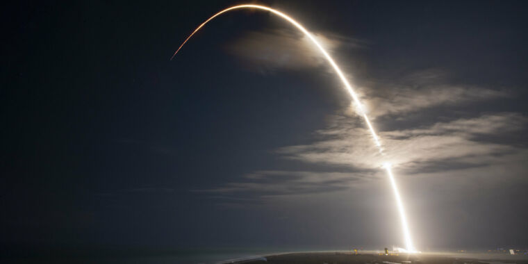 SpaceX goes for its third launch in two weeks early on Saturday thumbnail