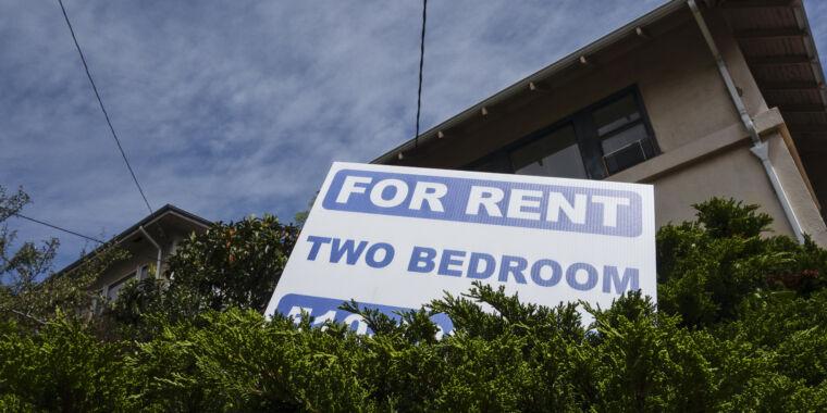 New Google rule bans discriminatory targeting for housing ads thumbnail