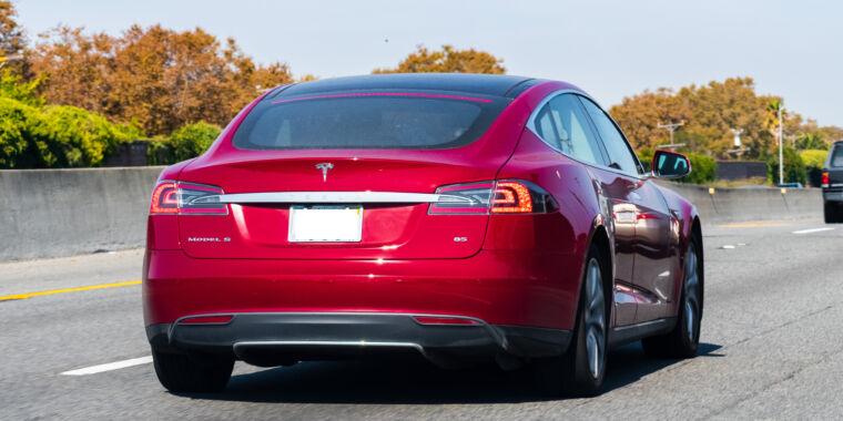 Tesla driver blames Autopilot for crash, faces negligent driving charge