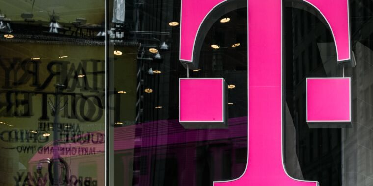 """We knew T-Mobile couldn't be trusted,"" marriage says after 5,000 job cuts thumbnail"