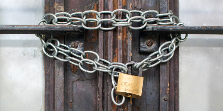 Foreign adversaries likely to exploit critical networking bug, US says thumbnail