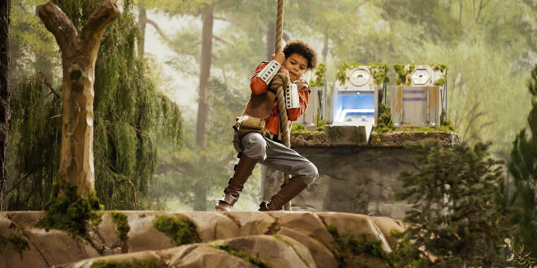 Jedi Temple Challenge brings out your inner pint-sized Padawan wannabe thumbnail