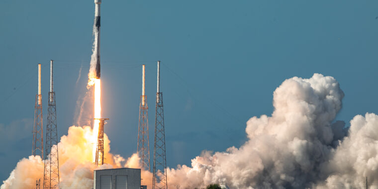 SpaceX sets a turnaround record, flying the same rocket in 51 days [Updated]