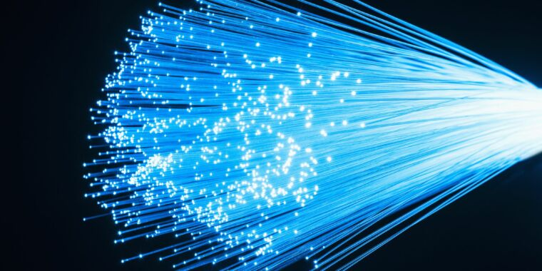 California's ambitious fiber-Internet plan approved unanimously by legislature