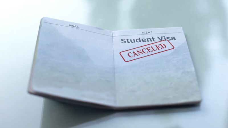 A student visa with the word