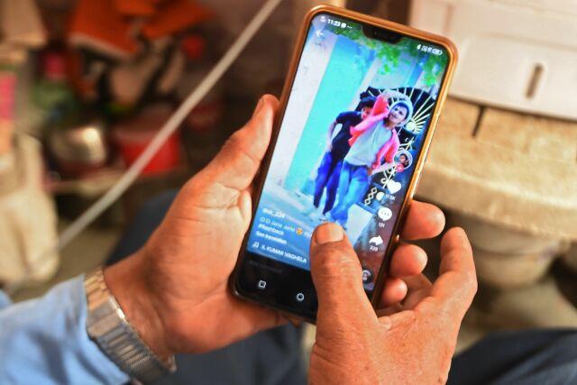 "Amazon enforces TikTok ban on employee phones due to ""security risks"""