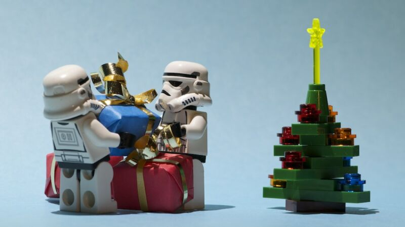 Disney+ will show a Lego Star Wars Holiday Special on Wookiee Life Day