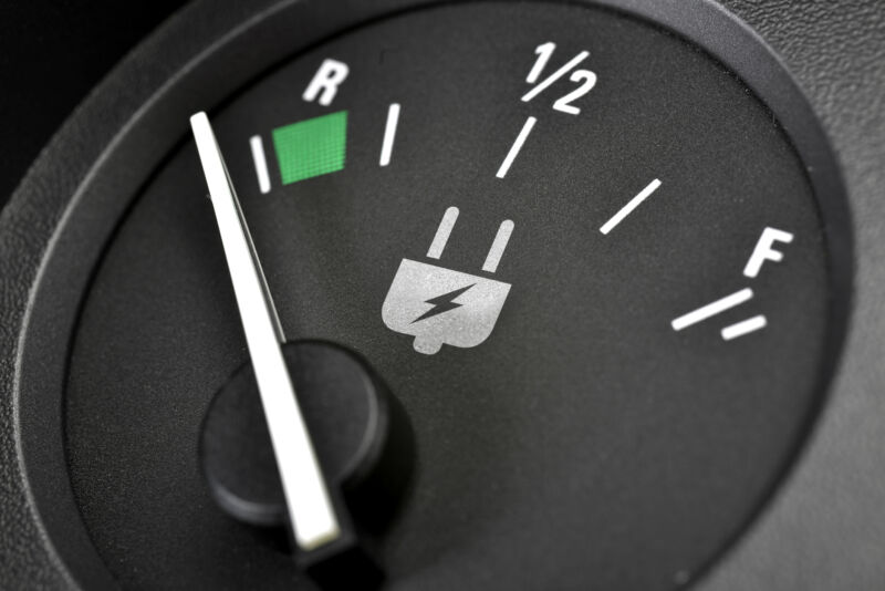 How far can you drive an electric car at 70mph before it stops?