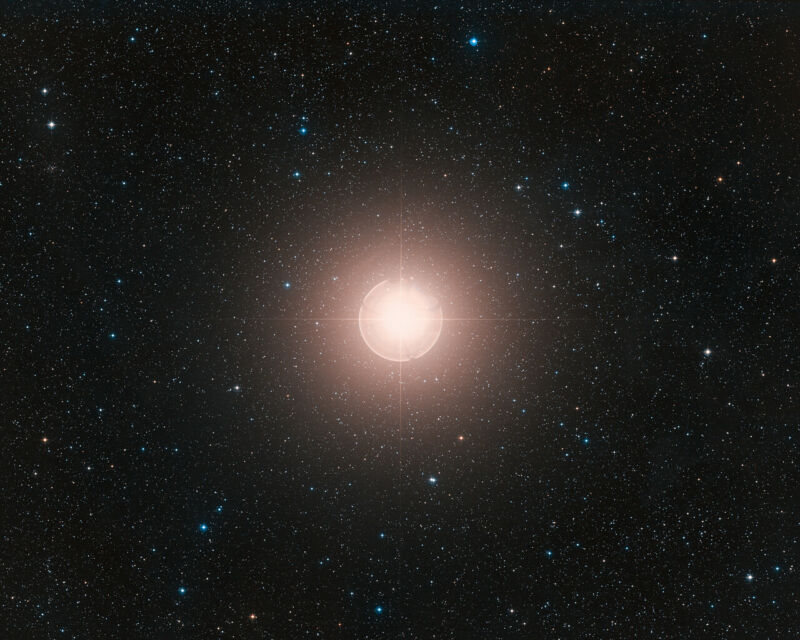 Image of a star.