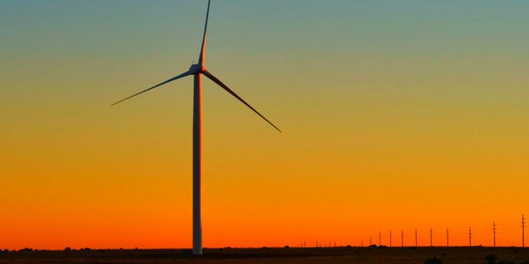 Nine gigawatts of wind turbines were added last year in the US thumbnail