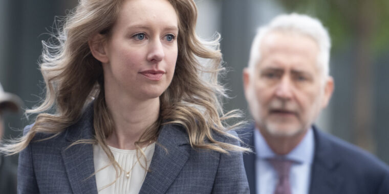 Judge in Theranos fraud case orders 14-hour psychological test for Holmes