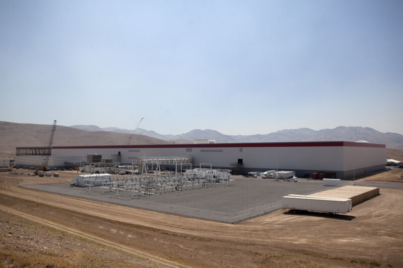 The Tesla Gigafactory under construction in 2016. Tripp would start work there the following year.