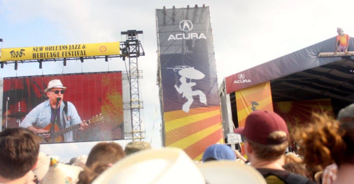 How do music festivals adapt to a pandemic? They Fest in Place, of course thumbnail
