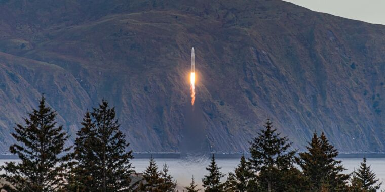 Rocket Report: Chinese rocket fails, Starship may make a leap in October