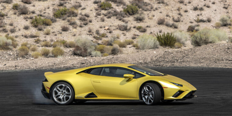 Lamborghini's Huracán Evo RWD is made for maximum fun, not lap times