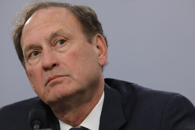 Justice Samuel Alito worried that a ruling against API copyrights could undermine copyright protection for all computer programs.