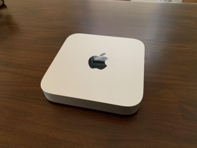 Apple Mac mini 2020, оснащений M1.