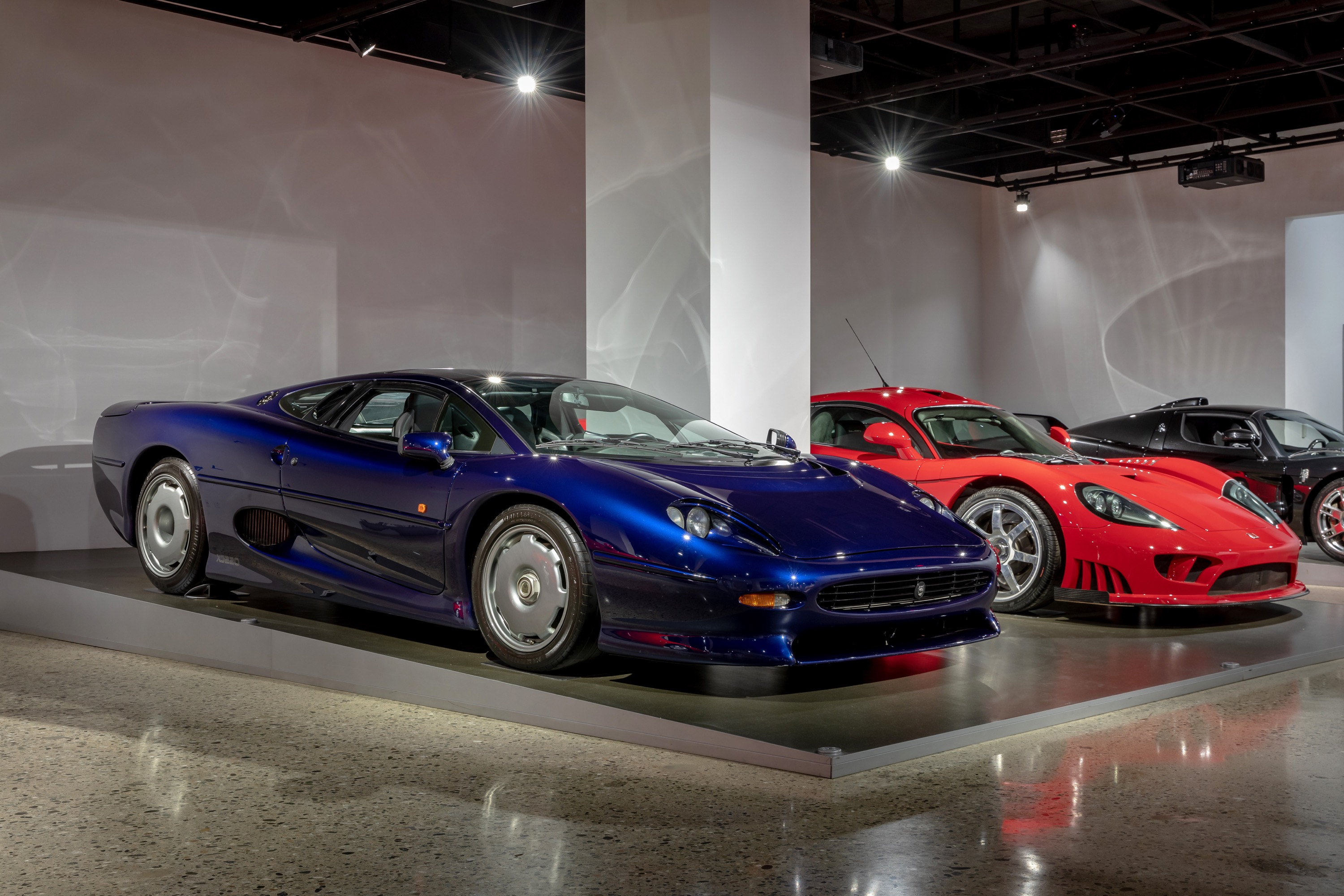 The Jaguar XJ220 was briefly the world's fastest car, until the McLaren F1 showed up a year later and went much quicker.