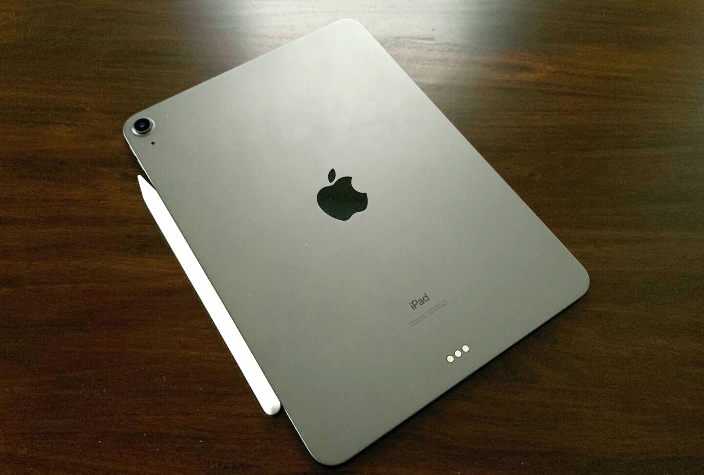 The 2020 Apple iPad Air.