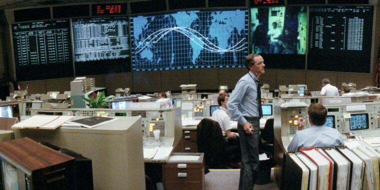 How a Thanksgiving Day gag ruffled feathers in Mission Control thumbnail