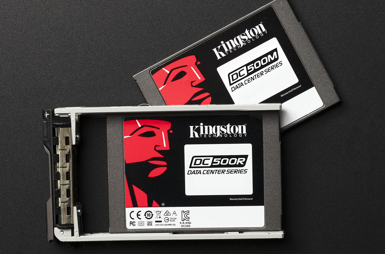 """Kingston's DC500 series of drives comes in two variants—a less-expensive 500R """"read optimized"""" version and the heavier-duty 500M """"mixed workload"""" version we're testing today."""