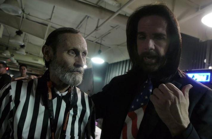 Twin Galaxies founder Walter Day (left) with Billy Mitchell.