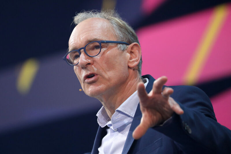 Tim Berners-Lee, inventor of the World Wide Web, criticized the Australian proposal.