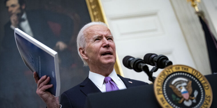 """""""Nothing for us to rework:"""" Biden team starts from scratch on COVID"""
