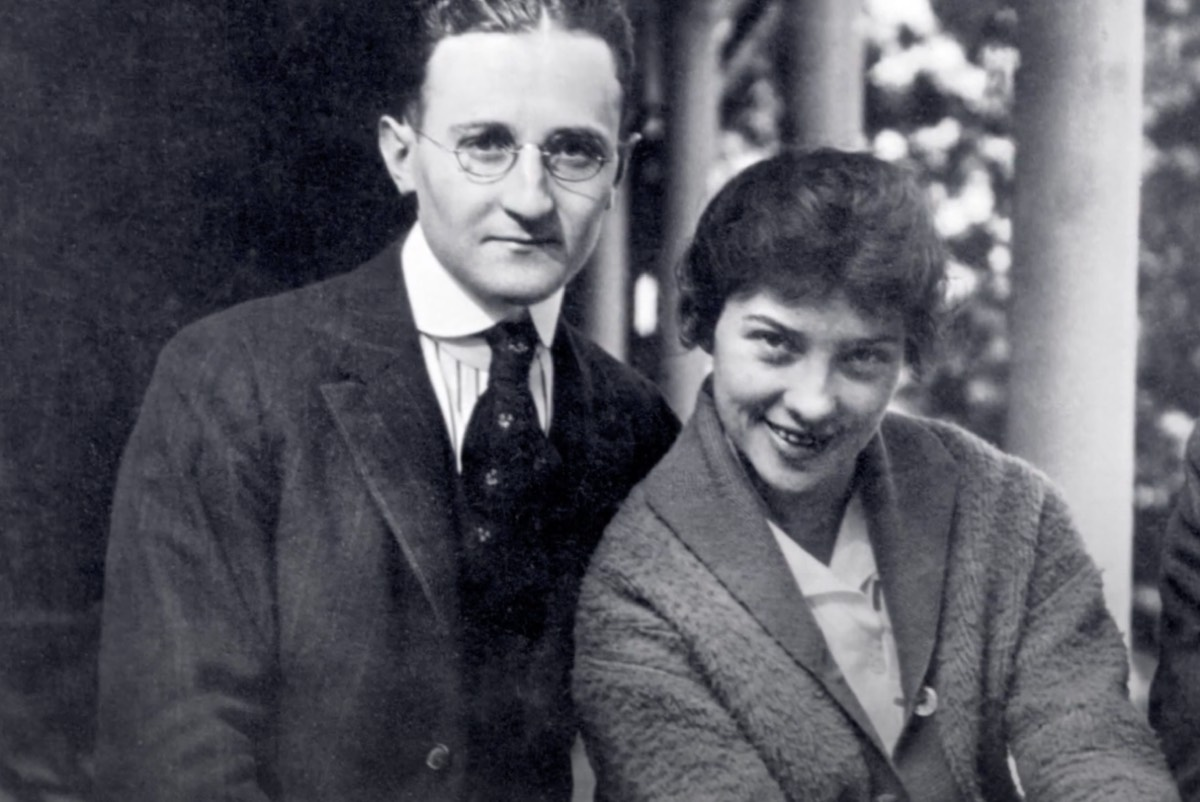 William Friedman and Elizebeth Smith Friedman as a young couple.