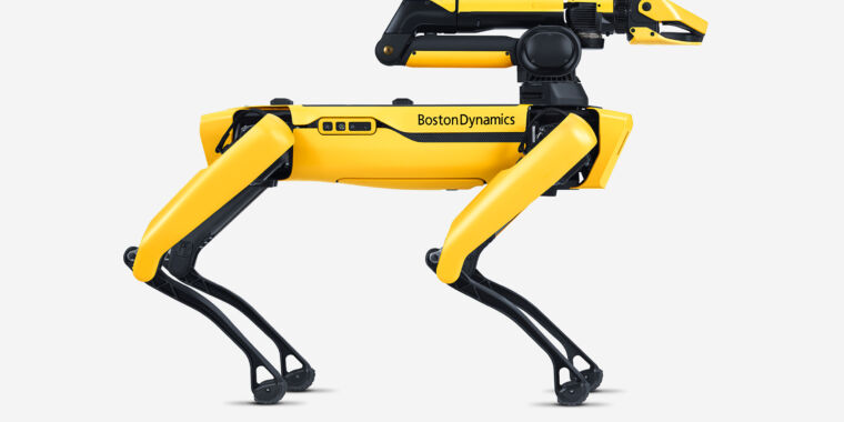 Boston Dynamics' robot dog gets an arm attachment, self-charging capabilities