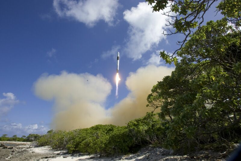 The launch of Flight Three of the Falcon 1 rocket looked promising at the beginning.