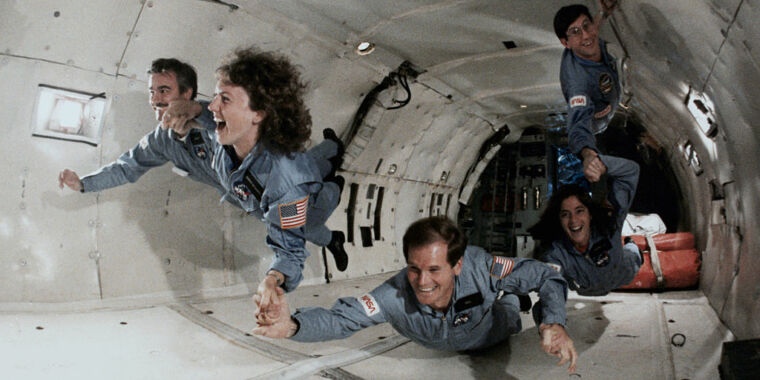 A politician who said politicians shouldn't run NASA wants to run NASA