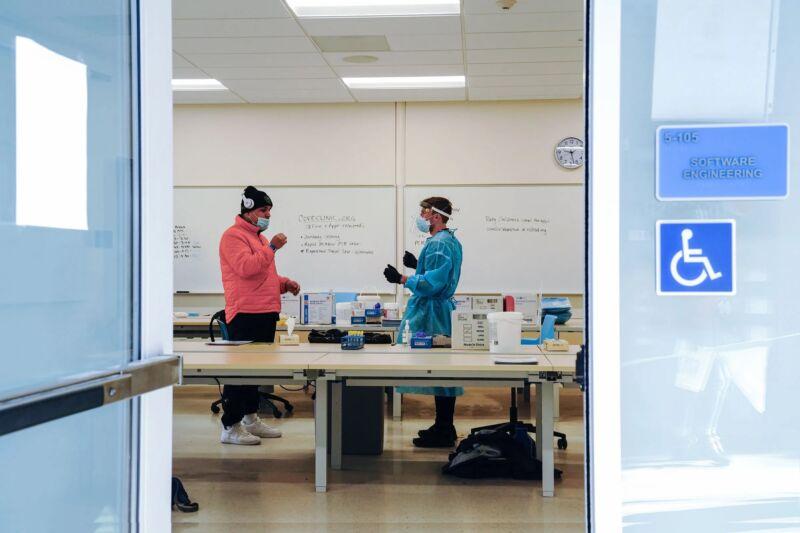 As coronavirus variants spread, the US struggles to keep up