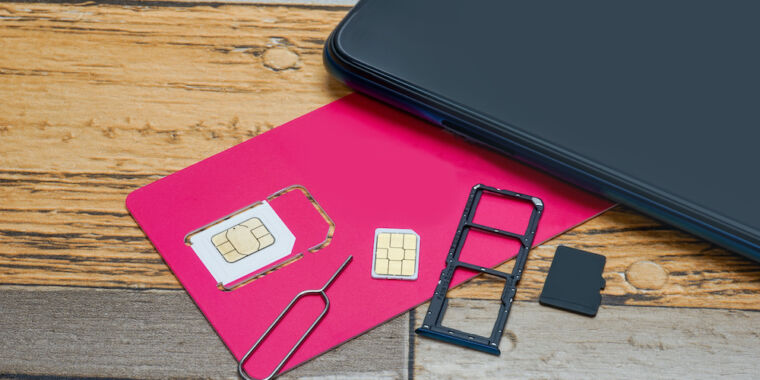 Authorities bust SIM-swap ring they say took millions from the rich and famous
