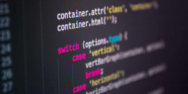 New type of supply-chain attack hit Apple, Microsoft and 33 other companies