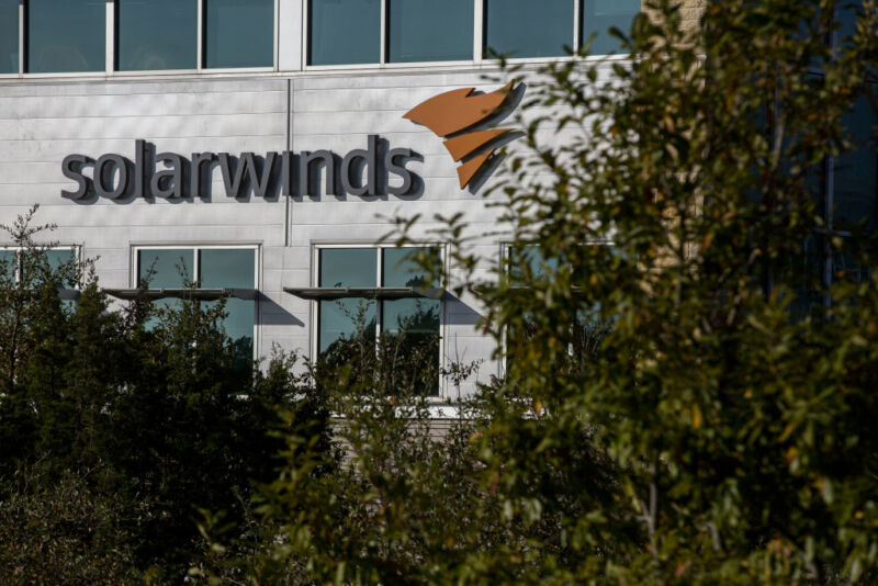 Chinese hackers targeted SolarWinds customers in parallel with Russian op