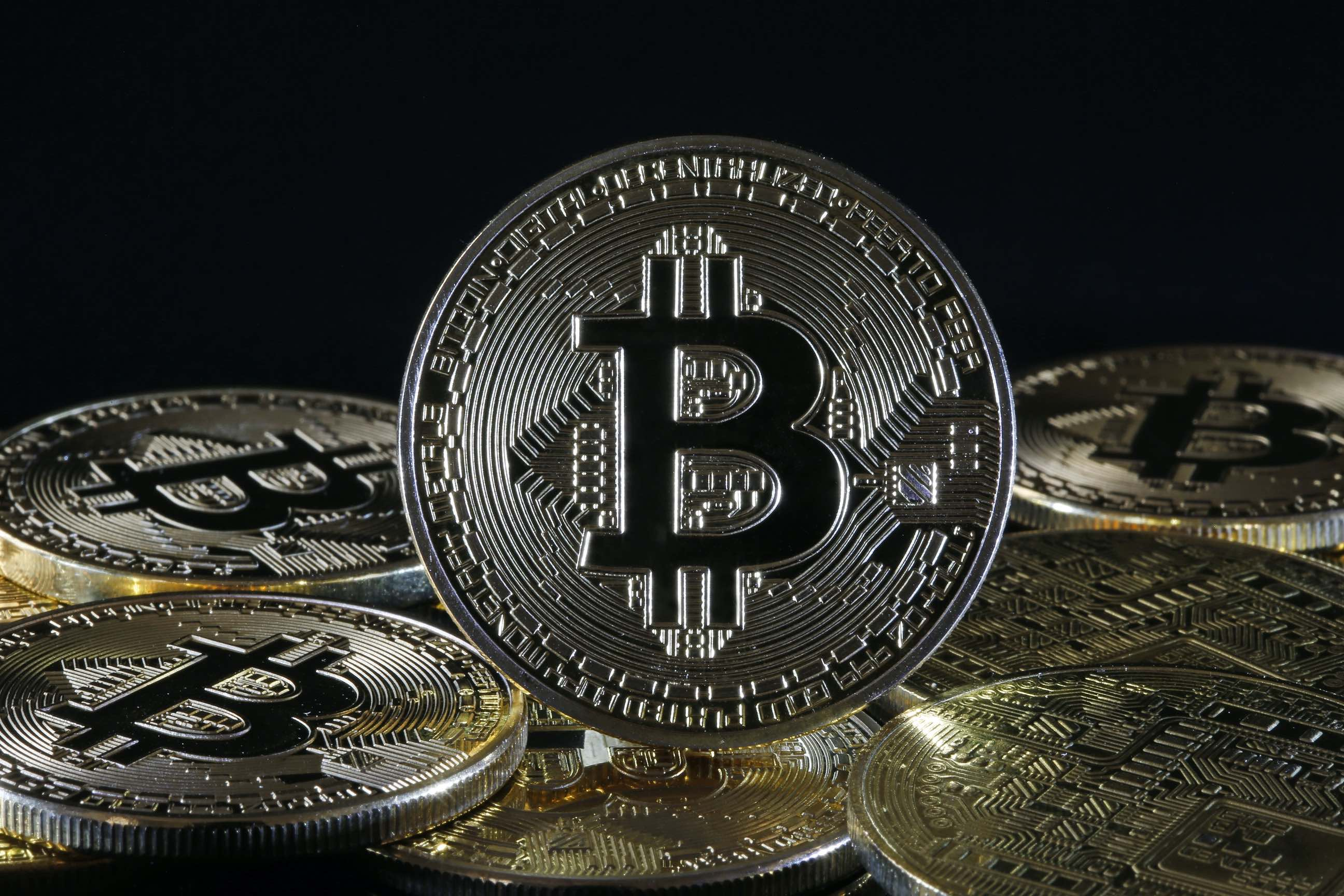 """Musk: Tesla accepts bitcoin as payment, won't convert it """"to fiat currency""""  