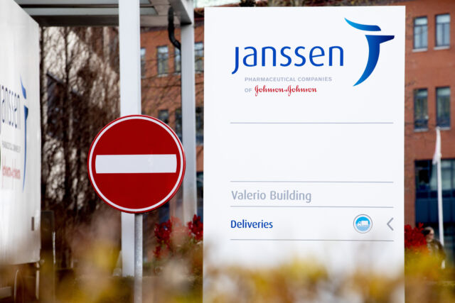 Pause of J&J vaccine was the right call, say 88% of polled Americans