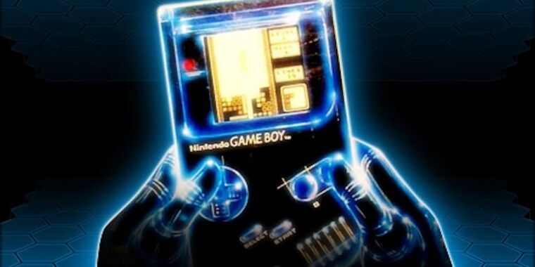 Why are game makers creating new Game Boy games in 2021?