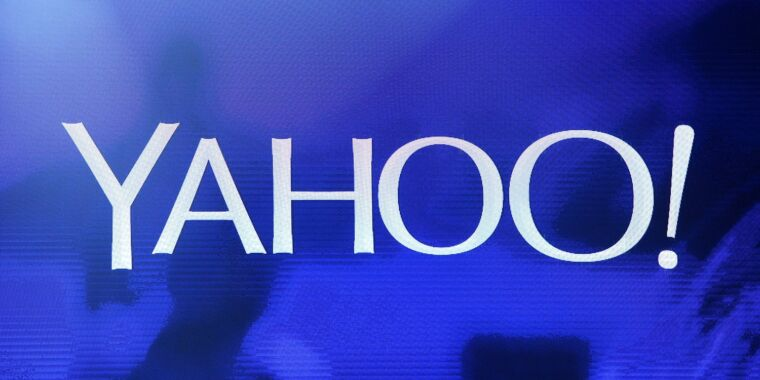 Verizon tries to sell Yahoo and AOL after spending $9 billion on fallen giants