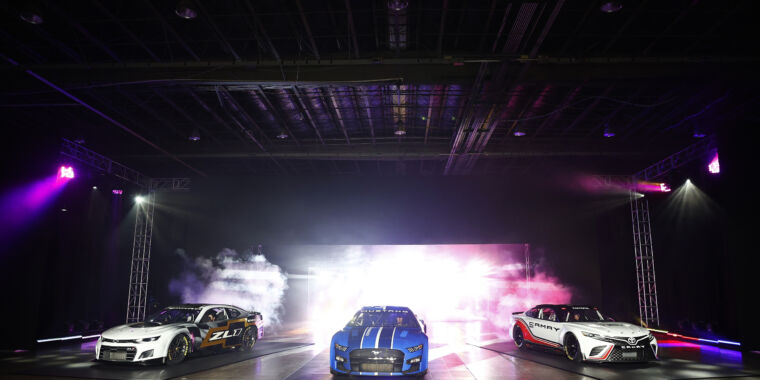 NASCAR ditches decades of tradition for its Next Gen race car - Ars Technica
