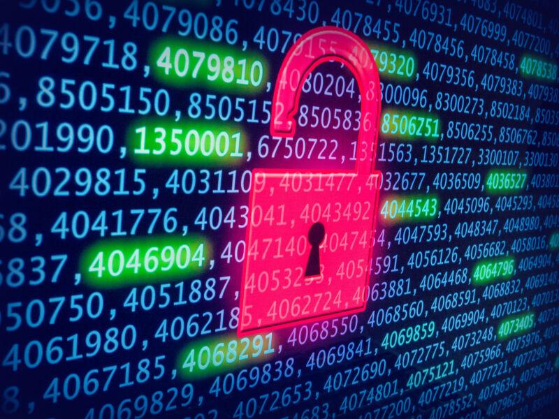 حداقل سه شرکت طی دو سال گذشته مشکلات امنیتی با dbutil_2_3.sys را به دل گزارش داده اند.