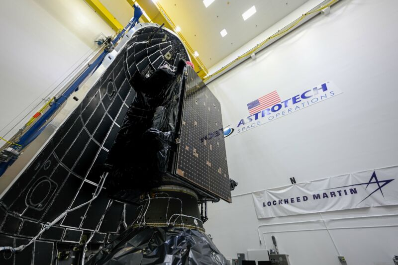 The GPS III SV-05 vehicle is encapsulated in the Falcon 9 rocket's payload fairing.