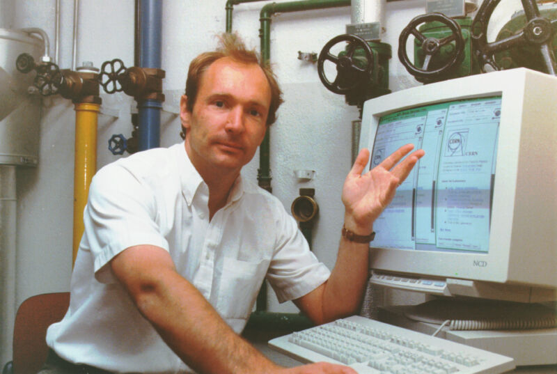 Tim Berners-Lee showing off the early World Wide Web at CERN.