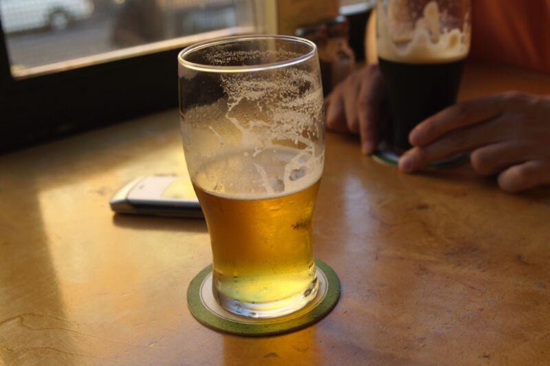 波恩大学物理学家的灵感来自于使用德国物理示范展前往慕尼黑的飞行啤酒垫的空气动力学。